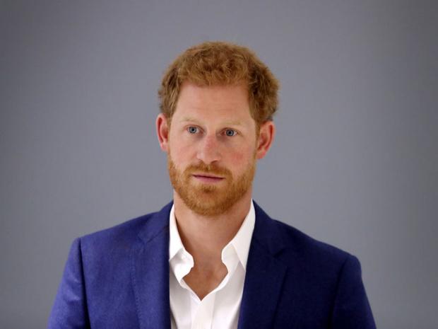 Фото №1 - Последняя точка: как королевская семья окончательно отвергла Гарри
