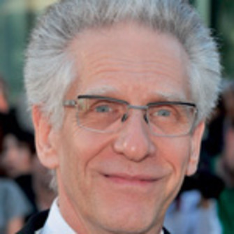 Дэвид Кроненберг (David Cronenberg), канадский режиссер, актер, сценарист, продюсер. Один из лучших представителей авторского кино.