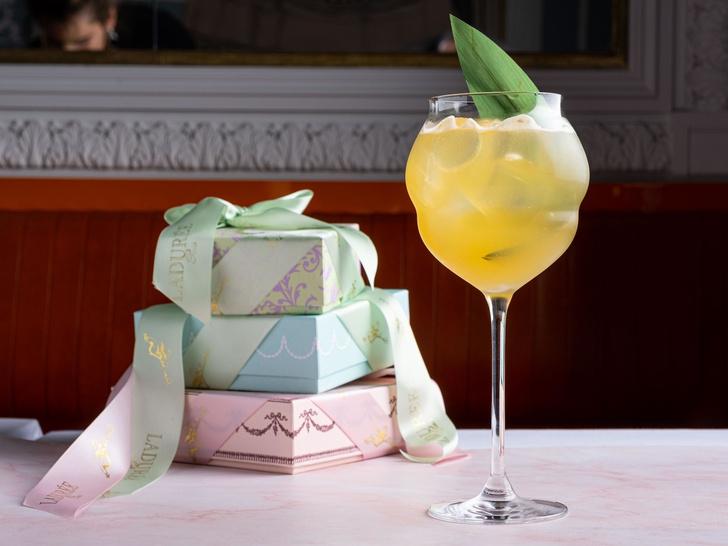Фото №2 - Легкость бытия: 5 необычных коктейлей с шампанским