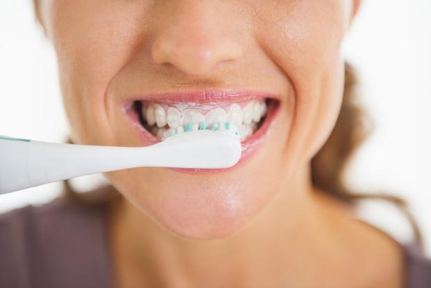 Фото №1 - Нерегулярная чистка зубов может повысить риск сердечного приступа
