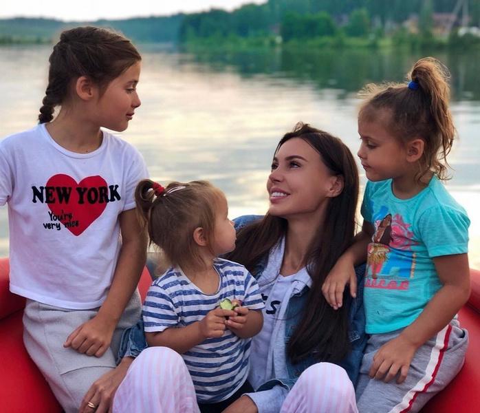 Фото №2 - «Я проживаю личный ад»: Оксане Самойловой не помогает даже психолог