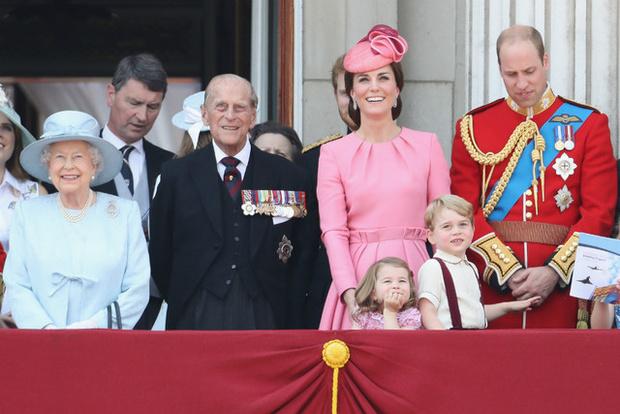 Фото №4 - Королевский бутерброд, и что еще стоит знать о Елизавете II