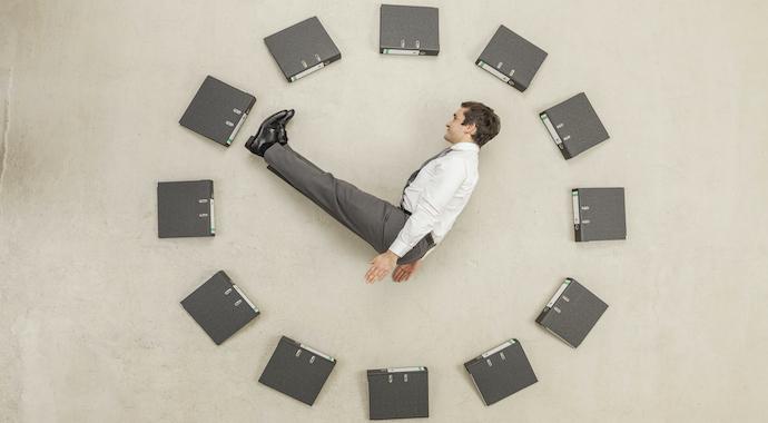Что эффективнее: работать быстрее или дольше?
