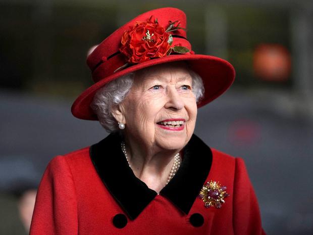 Фото №1 - Как Королева почтит память принца Филиппа в его 100-й день рождения
