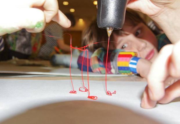 Фото №3 - Карнавальные мастерские фестиваля «Яркие Люди в округах» продолжают свою работу
