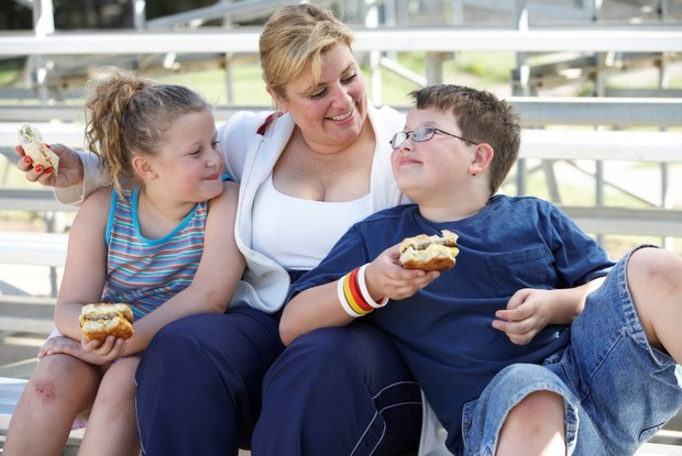 Фото №1 - Ученые поняли, почему дети страдают диабетом и ожирением