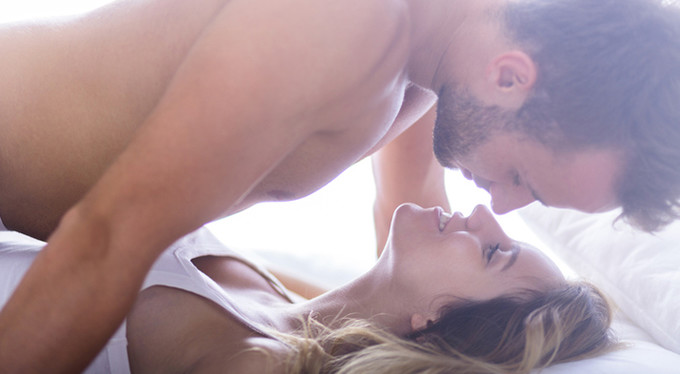 Утренний секс как секрет успеха в жизни