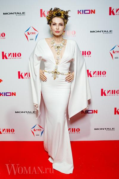 Фото №2 - «Голое» платье Потемкиной и ангельский наряд Бледанс: звезды посетили ежегодную White Party