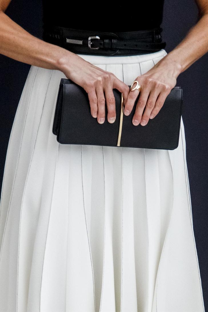 Фото №3 - Идеальная плиссированная юбка на лето— у королевы Летиции