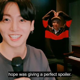 Фото №10 - Трансляция Чонгука из BTS в честь дня рождения: песни, торт и веселый Джей-Хоуп 🥳💜