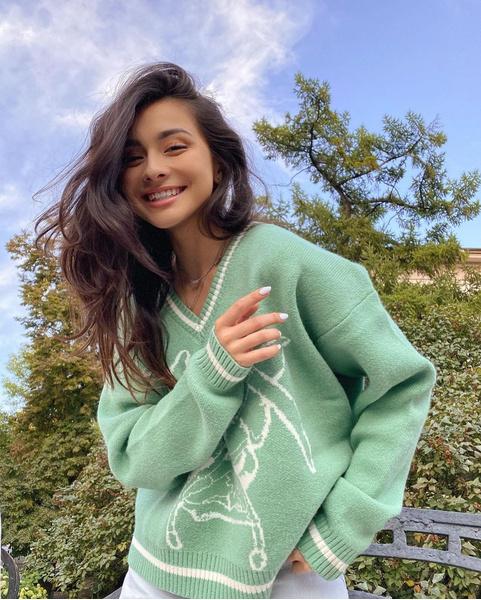 Фото №1 - 10 модных свитеров, в которых ты полюбишь холодную погоду