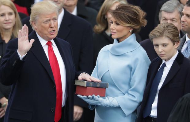 Фото №2 - Что происходит с браком Дональда и Мелании Трамп: факты, сплетни, прогнозы специалистов