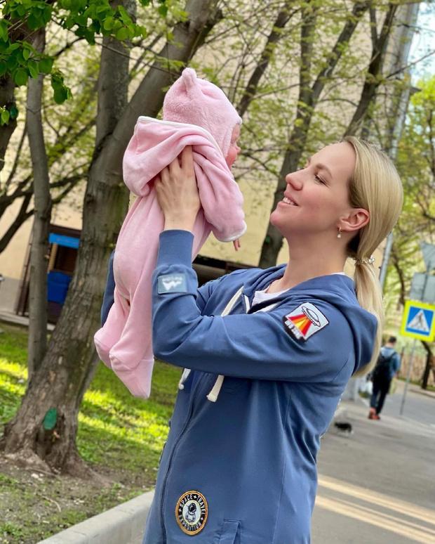 Галина Боб в третий раз стала мамой