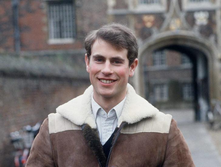Фото №1 - Самый «закрытый» сын Королевы: 7 любопытных фактов о принце Эдварде