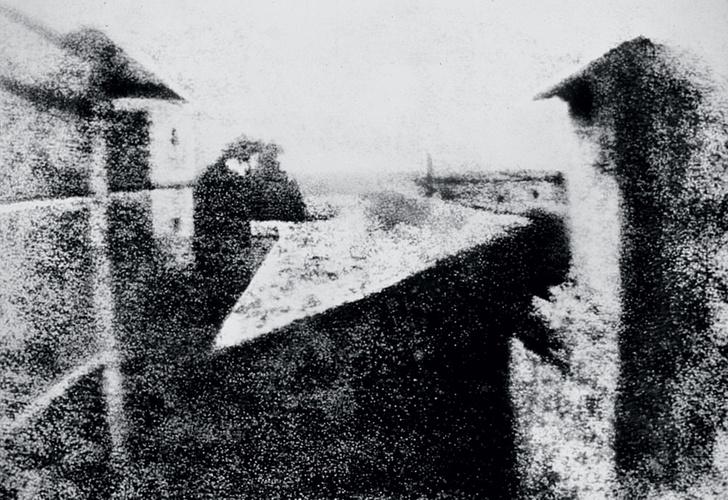 Фото №1 - Первое фото, первое селфи,первый фоторепортаж— все пионеры фотографии в одном материале