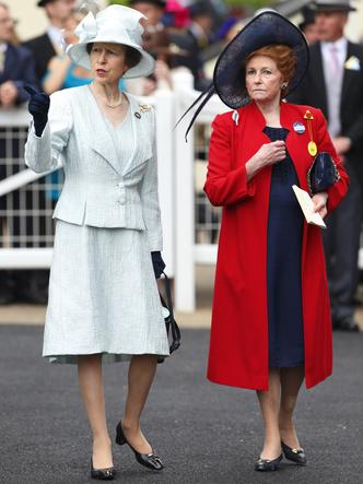 Фото №2 - Кузина и подруга: кем была леди Элизабет Шекерли и почему Королева доверяла ей все тайны