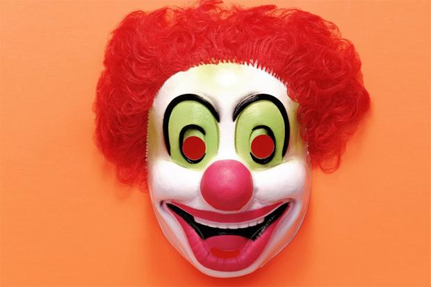 Фото №1 - Как быть, если ребенок боится клоунов