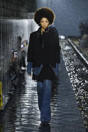 Фото №11 - Какие джинсы будут в моде весной и летом 2021