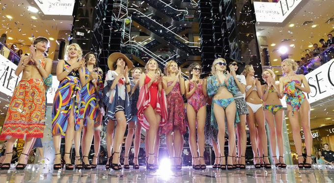 Вечеринка World Fashion Holidays в ресторане Siberia