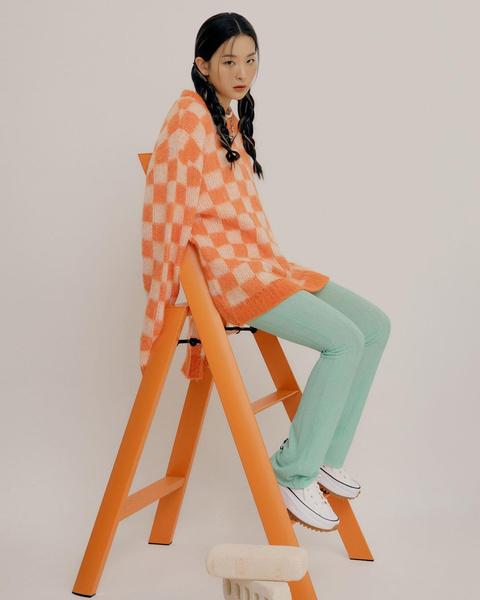 Фото №9 - 10 стильных аутфитов от Сыльги из Red Velvet для этой весны