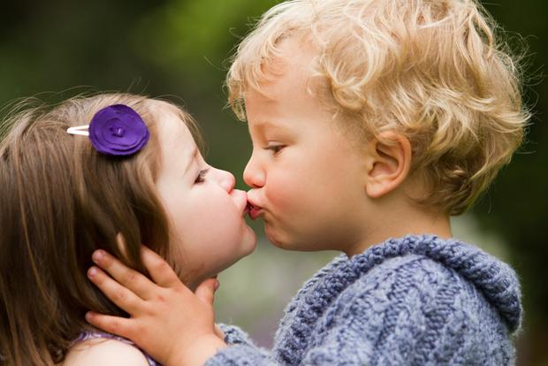 Фото №1 - Малыш влюбился: 5 неправильных реакций