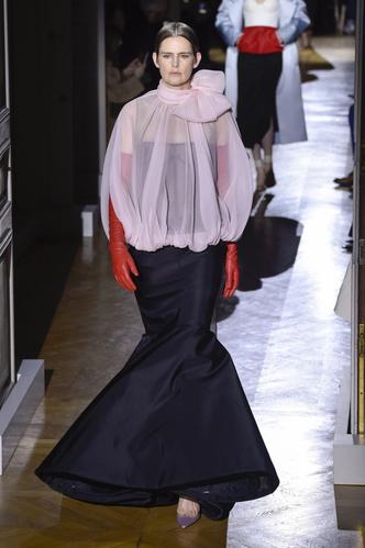 Фото №2 - Муза Лагерфельда и аристократка: какой была супермодель 90-х Стелла Теннант