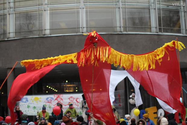 Фото №2 - Карнавальные мастерские фестиваля «Яркие Люди в округах» продолжают свою работу