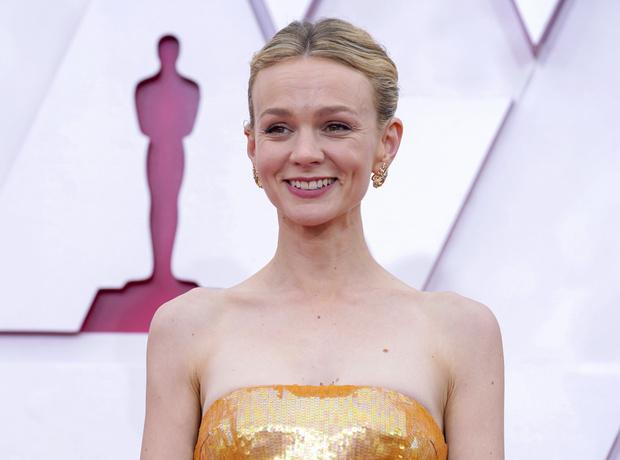 Фото №3 - Драгоценный «Оскар-2021»: самые роскошные украшения премии