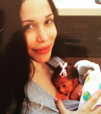 Фото №3 - Октомама: как сложилась судьба мамы, родившей восьмерняшек
