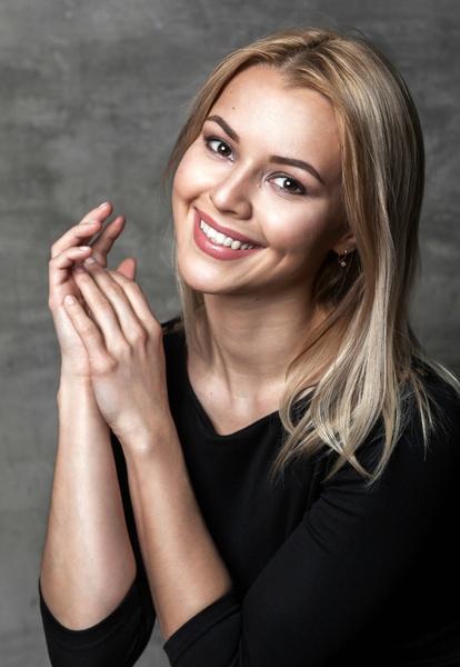 Анна Шимохина - красноярская актриса