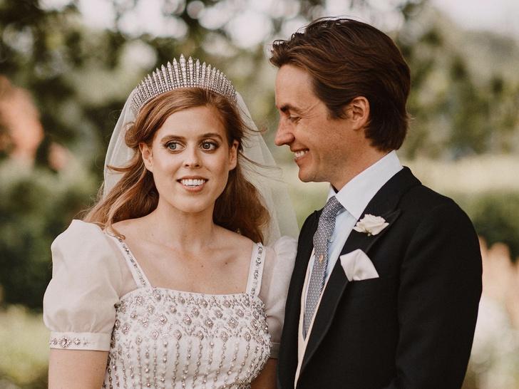 Фото №5 - Особое доверие: кому из королевских невест Елизавета II одолжила самую дорогую тиару