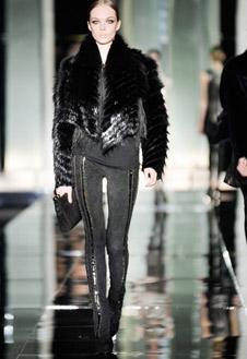 Фото №10 - Versace, Prada и Cavalli в Милане