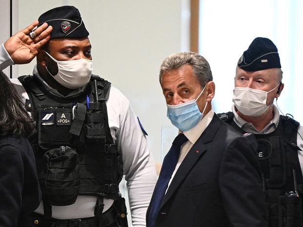 Фото №2 - Тюрьма для президента: Николя Саркози приговорен к реальному сроку