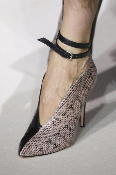 Фото №3 - Бритни Спирс купила свои первые «лубутены» четыре года назад за 6 тысяч долларов, но так и не надела их
