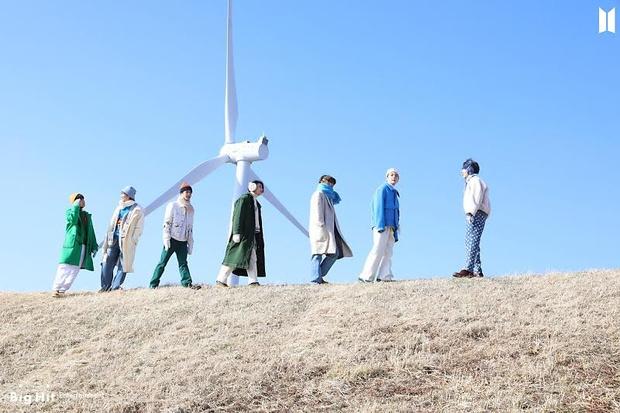 Фото №59 - Снежные ангелы: Big Hit Entertainment выложил 65 новых фото BTS 😍