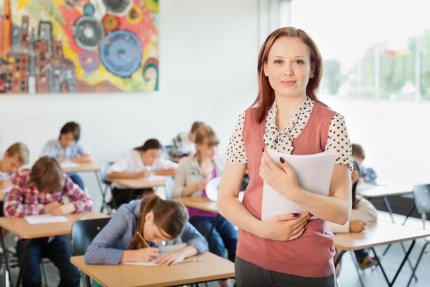 День учителя: что дарить и как поздравлять