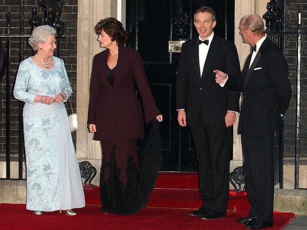 Фото №3 - Испытание на прочность: как (и зачем) Королева «проверяет» всех своих гостей