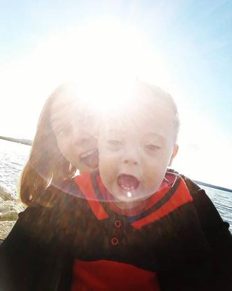 «Как выписываться будем — с одним или с двумя?»: история мамы необычной двойни