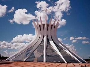 Фото №1 - Самые удивительные церкви мира: топ-6