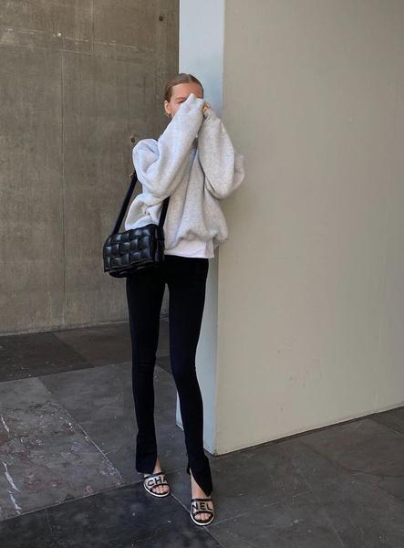 Фото №2 - 5 способов носить леггинсы этой весной: как не выглядеть так, будто ты забыла переодеться с физ-ры
