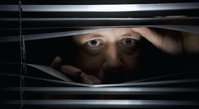 Отрицание, смещение, проекция: как психика нас защищает