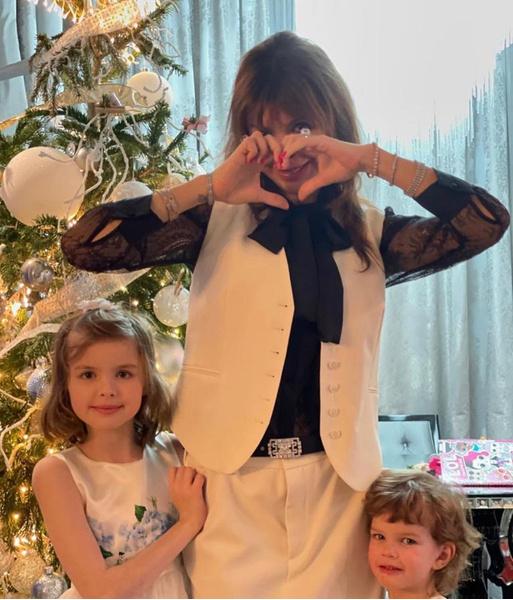 Андрей Аршавин выселил тяжелобольную экс-жену Алису Казьмину с детьми на улицу: болезнь, нос, фото