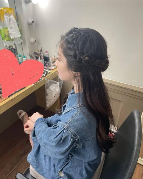 Фото №2 - 7 классных летних причесок для длинных волос: показывает Дахён из Twice✨