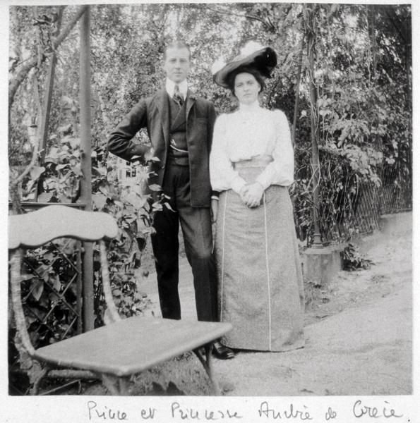 Фото №5 - «Бешенство матки», опыты Фрейда, жизнь в изгнании: история свекрови Елизаветы II, которую считали сумасшедшей