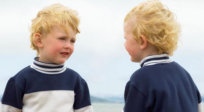 Аутизм у детей: что должно насторожить родителей