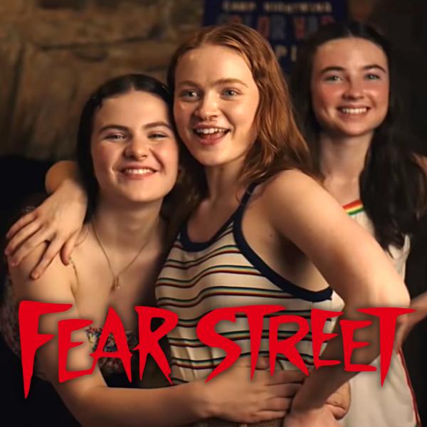 Фото №1 - Netflix показал, что происходило за кадром трилогии «Улица Страха» 😃