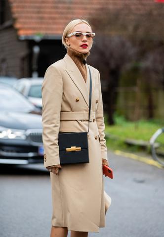 Фото №5 - С чем носить бежевое пальто: модные идеи на любой случай