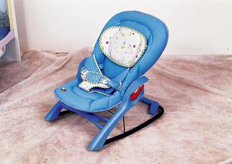 Фото №2 - Кресло-качалка для малыша
