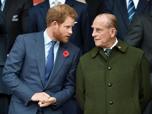 Фото №1 - Почему принц Филипп советовал Гарри никогда не жениться на актрисах