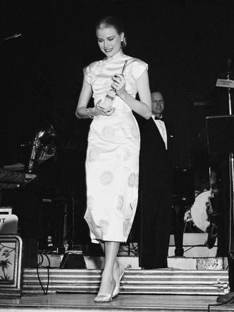 Фото №9 - Княгиня, актриса, дива: образы Грейс Келли, которые вошли в историю